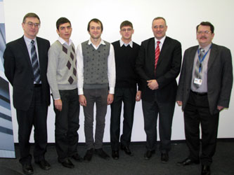 13. During the handing of the grants from Klaus Ridle Foundation to the MPEI students at the Siemens representative office in Moscow. From the left: MPEI Vice-Rector I.N. Zhelbakov; three MPEI students, Martin Gitsels (Germany) – Head of Department of the Corporate Technologies at Siemens-Moscow; A.M. Bartenev, Head of the Group of the Corporate Technologies at Siemens-Moscow