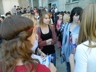 130. Moldovan students before the Olympics