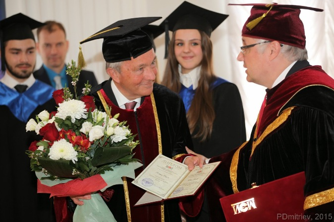 265. During ceremony the conversation between prof. Claus Ridle and MPEI Rector N. Rogalev.