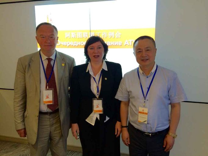 266. Irina Kulik with representatives of the ASRTU Director Board: from Russian side – Vice-Rector of Bauman State Technical University S.V. Korshunov and From Chinese side Harbin Polytechnical University Gu Jianzhang.