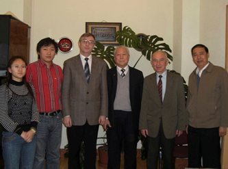 38. Delegation from China headed by Wang Dianru (to the right from Professor I. Zhelbakov) at MPEI